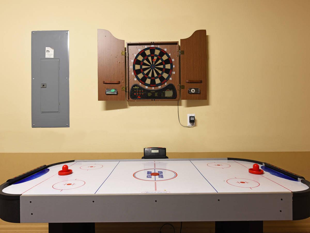 Computer original game room 1