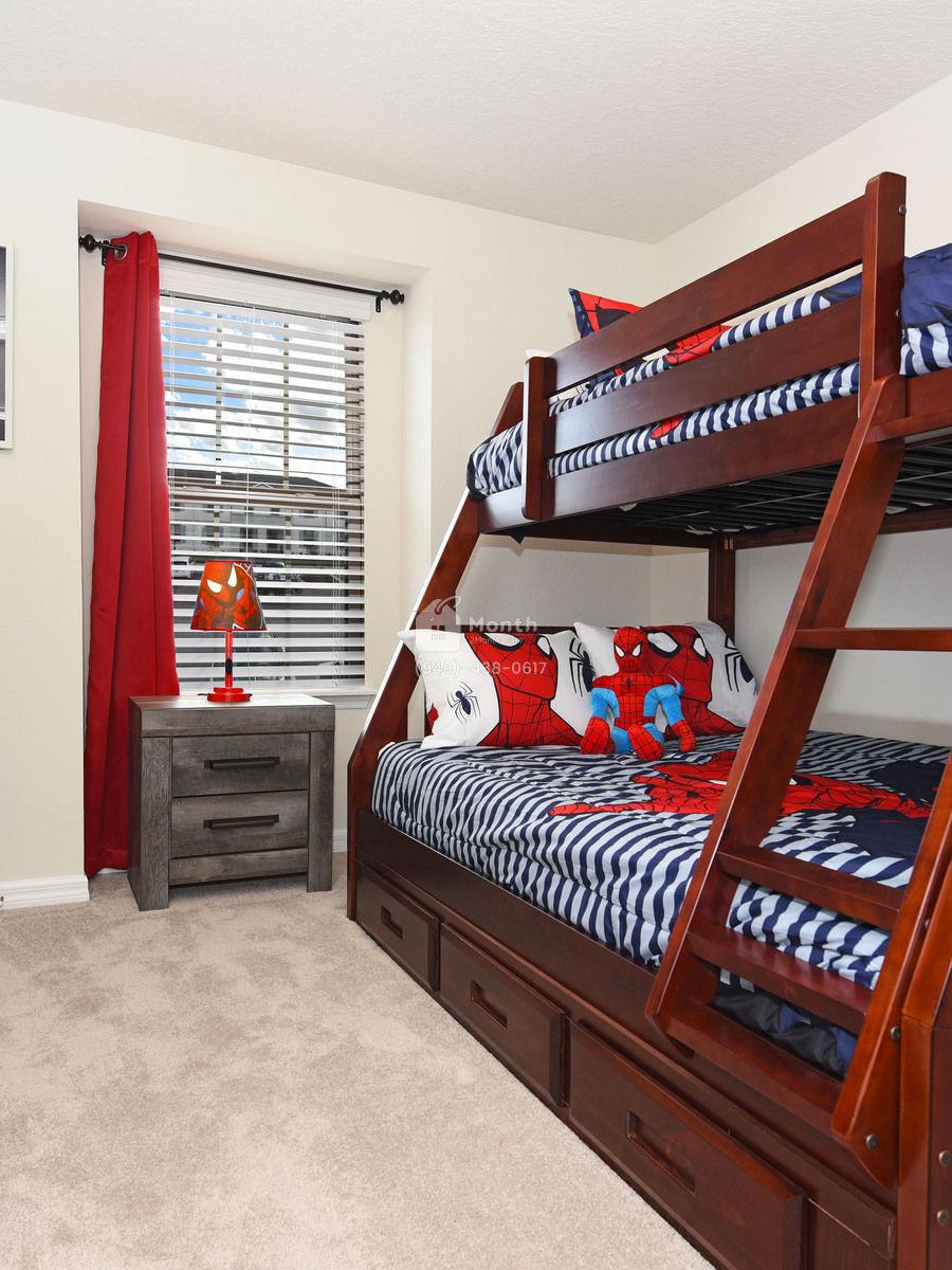 Portrait original bedroom 3